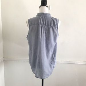 Everlane Tops - Everlane Medium Blue Chambray Button Front Top